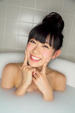 11月20日発売の渡辺美優紀の写真集に収録されるショット