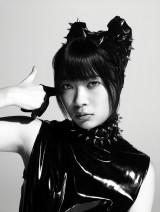 AKB48がモードなビジュアルでラフォーレ原宿をジャック!(写真はHKT48・指原莉乃)