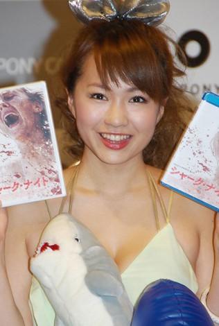 映画『シャーク・ナイト』のブルーレイ&DVD発売イベントに出席した谷澤恵里香 (C)ORICON DD inc.