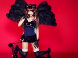 魔界からきた椎名ぴかりん(17)がエイベックスより12月12日に歌手デビュー