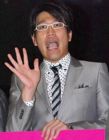 映画『カラスの親指』完成披露舞台あいさつに出席した古坂大魔王 (C)ORICON DD inc.