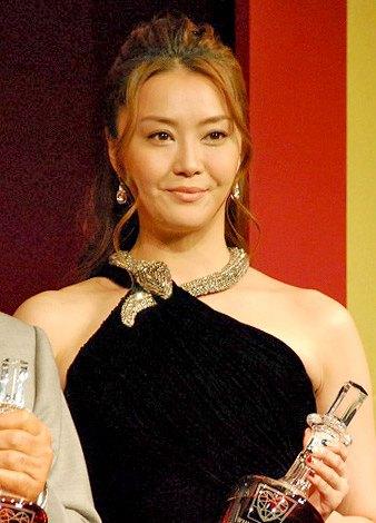 『ウイスキーヒルズアワード2012』の授賞式に出席した観月ありさ (C)ORICON DD inc.
