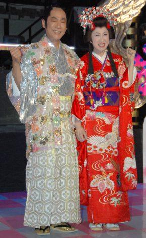 『時代劇体操』第3弾のお披露目会に出席した(左から)真島茂樹、瀬川瑛子 (C)ORICON DD inc.