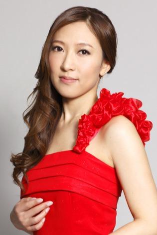 サムネイル 第1子女児を出産した活動休止中の演歌歌手・前田有紀さん