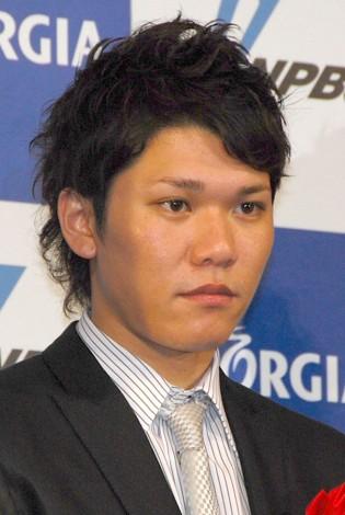 『2012年度ジョージア魂賞』大賞を受賞した坂本勇人 (C)ORICON DD inc.