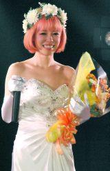 7月、ファンの前で純白ドレスと結婚を発表し感涙していたファンタジスタさくらだ (C)ORICON DD inc.