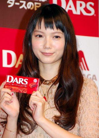 サムネイル 森永製菓『HAPPY DARS DAY!!』発表会に出席した宮崎あおい (C)ORICON DD inc.