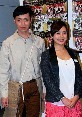 舞台『ガダルカナル デパートメント』の公開リハーサルに出席したIZAM(左)と石井あみ (C)ORICON DD