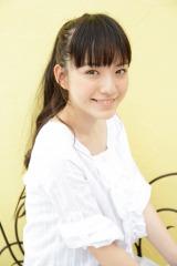 女優としてこれからの活躍が期待される小島藤�;