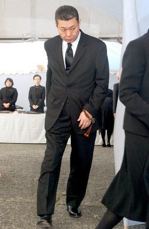 歌舞伎俳優の中村勘三郎の葬儀・告別式に参列した江川卓 (C)ORICON DD inc.