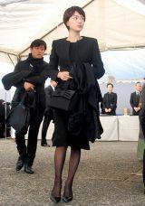 歌舞伎俳優の中村勘三郎さんの本葬に参列した長谷川京子 (C)ORICON DD inc.