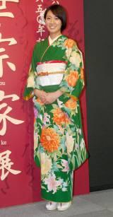 『風姿花伝 観世宗家展』で艶やかな振袖姿を披露した浅尾美和 (C)ORICON DD inc.