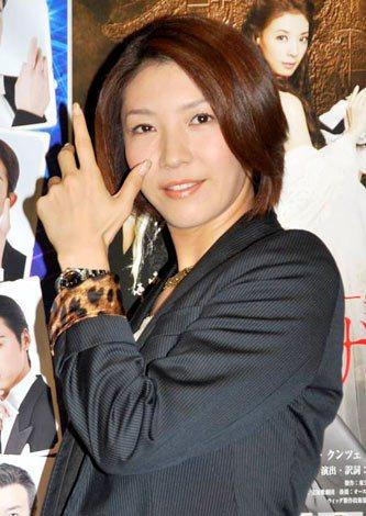 サムネイル 10歳年下のダンサーとの結婚を発表した瀬奈じゅん (C)ORICON DD inc.