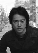 岐阜発ドラマ『父の花、咲く春〜岐阜・長良川幇間物語〜』に主演する桐谷健太