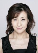 岡千絵、ブログで大澄賢也との結婚喜ぶ