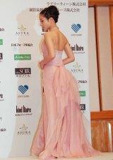 自らデザインしたピンクのドレスで登場 (C)ORICON DD inc.
