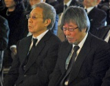 新栄プロダクション会長・西川幸男さんの本葬に参列した(左から)北島三郎、岡千秋 (C)ORICON DD inc.