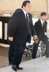 新栄プロダクション会長・西川幸男さんの本葬に参列した九重親方 (C)ORICON DD inc.