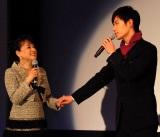 「魅せられて」をデュエットで披露した(左から)ジュディ・オングと川上大輔 (C)ORICON DD inc.