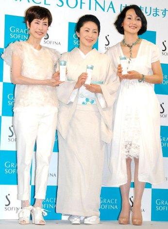 花王『GRACE SOFINA』新CM発表会に出席した(左から)久本雅美、石川さゆり、南果歩 (C)ORICON DD inc.