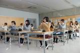 AKB48の30thシングル「So long!」ミュージックビデオより