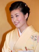 婚約会見を行った尾上菊之助の婚約者・波野瓔子さん (C)ORICON DD inc.