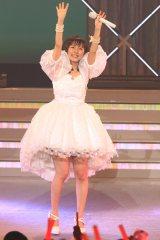 卒業コンサート『真野恵里菜メモリアルコンサート』で涙を見せた真野恵里菜