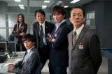 2月27日放送の『相棒11』第17話に映画『相棒シリーズ X DAY』に登場する警視庁サイバー犯罪対策課の岩月彬(田中圭)が登場