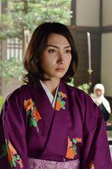 ドラマ『信長のシェフ』で謎多き女性・瑶子を好演している香椎由宇(C)テレビ朝日