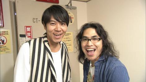 『笑・神・降・臨』最後の1組はロッチ(左・コカドケンタロウ、右・中岡創一(C)NHK