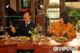 4月13日放送の『リーガル・ハイ』で古美門研介(左・堺雅人)と黛真知子(右・新垣結衣)のコンビ再び