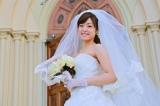 物語のラストを飾る美しい花嫁姿のもも(井上真央)に注目(C)テレビ東京