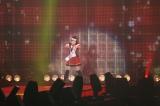 『第16回 東京ガールズコレクション 2013 S/S』を得意の物まねで盛り上げたキンタロー。(撮影:片山よしお) (C)ORICON DD inc.