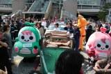 交通安全イベント『品川クラシックカーレビューイン港南』に登場したゆるキャラ・むじころう&むじこりん