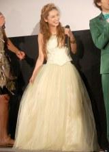 プリンセスをイメージしたドレスで登場 (C)ORICON DD inc.