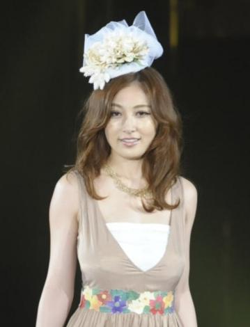 『Girls Award 2013 SPRING/SUMMER』に登場した熊田曜子 撮影:鈴木かずなり (C)ORICON DD inc.