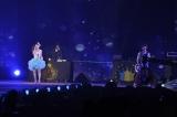 『Girls Award 2013 SPRING/SUMMER』で熱唱するmihimaru GT 撮影:鈴木かずなり (C)ORICON DD inc.