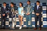 FOX SPORTS『FOUL BALL ARMOUR PROJCT』記者発表会に出席した(左から)義田貴史、岡田圭右、鈴木ちなみ、吉井理人、仁志敏久 (C)ORICON DD inc.