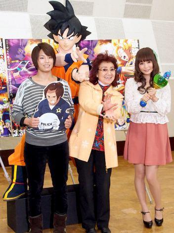映画『ドラゴンボールZ 神と神』の公開アフレコを行った(左から)松本薫選手、野沢雅子、中川翔子 (C)ORICON DD inc.