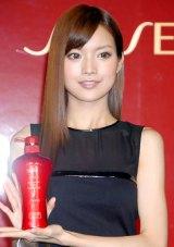 ヘアケアブランド『TSUBAKI』の新モデルに起用された中国歌手のアンナ・ケイ (C)ORICON DD inc.