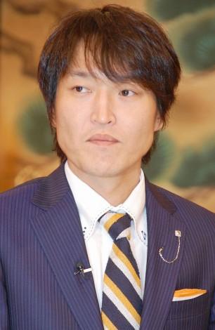 新番組『世界の村で発見!こんなところに日本人』の記者会見を行った千原ジュニア (C)ORICON NewS inc.