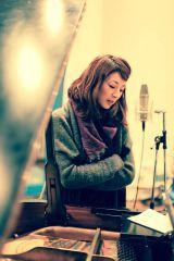 21年ぶりという高岡早紀レコーディングの模様(C)Maria