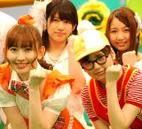 AKB48・Bチームの(前列左から)小嶋陽菜、島崎遥香、(後列左から)竹内美宥、名取稚菜 (C)ORICON NewS inc.