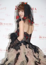 自身プロデュースのウェディングドレス『Love Mary』の新作発表会に出席した篠田麻里子 (C)ORICON NewS inc.