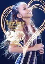 『namie amuro 5 Major Domes Tour 2012 〜20th Anniversary Best〜』が週間DVD、BDランキングで同時総合首位を獲得