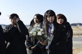 被災地を訪問したAKB48=福島県南相馬市 (C)AKS