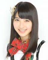 『タンスのゲン』の新CMに出演するHKT48の松岡菜摘