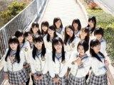 HKT48のデビュー曲センターは13歳研究生の田島芽瑠に決定!(前列左から多田愛佳、宮脇咲良、田島芽瑠、兒玉遥、指原莉乃)