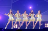 新曲「バイバイ ハッピーデイズ!」(3月27日発売)を初披露したKARA