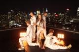 米ニューヨークでソロ第4弾シングル「1%」のMV撮影を行った板野友美